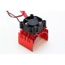 Радиатор с ребрами охлаждения с вентилятором